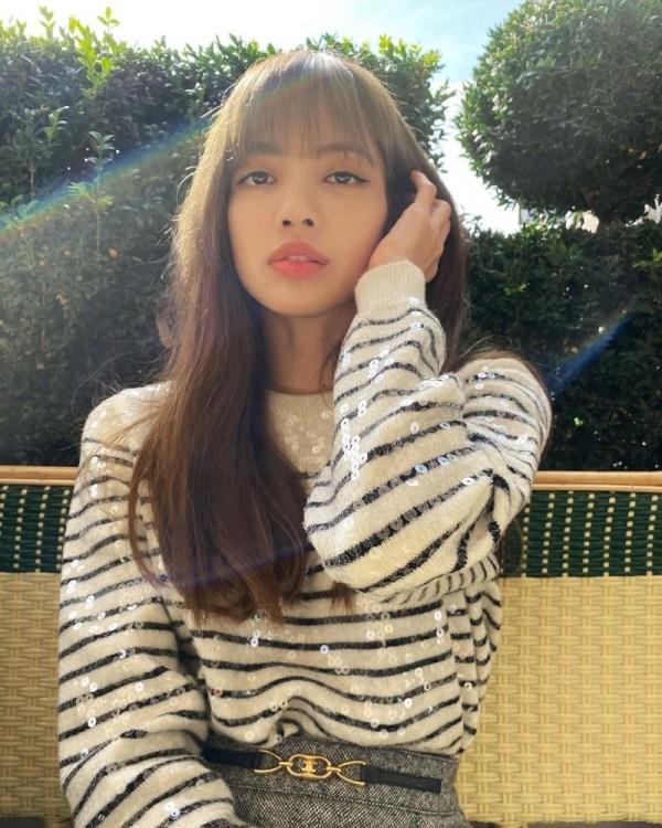 Black White Striped Sequin Sweater   Lisa – BlackPink