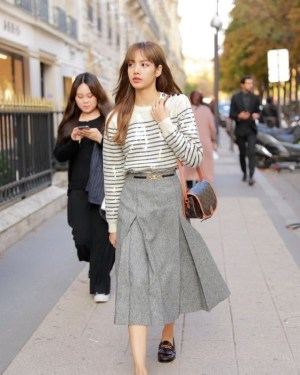 Pleated Grey  Long Skirt | Lisa – BlackPink