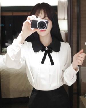 Jeongyeon Doll Collar Shirt WIth Ribbon (4)