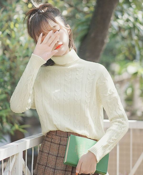 Turtleneck Knit