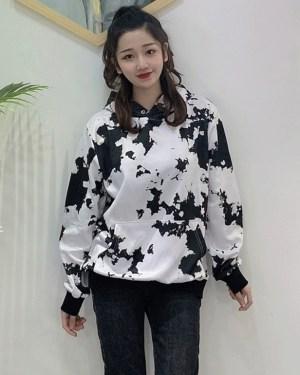 Taehyung Black and White Pattern Hoodie (4)