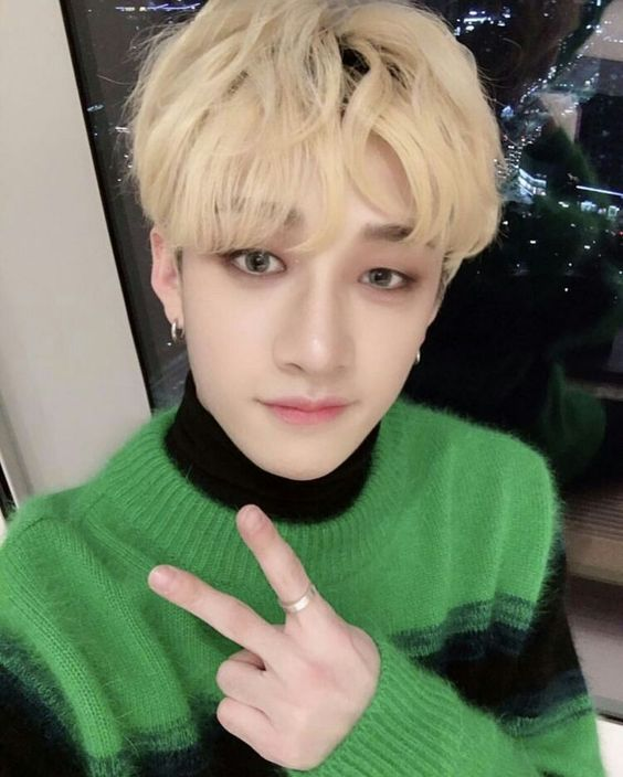 Winter Green And Black Sweater | Bang Chan – Stray Kids
