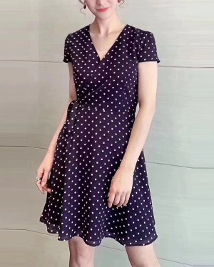 Jihyo Polca dots V-neck Dress 4