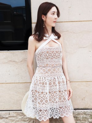 Nayeon Cross Halter Lace Dress (1)