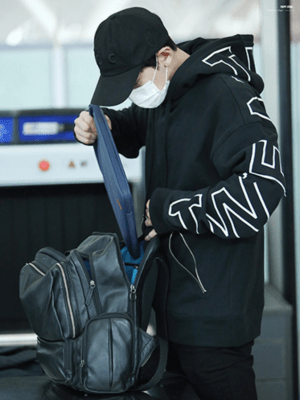 Zip-up Pocket Loose Hoodie | Chanyeol – EXO