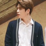 Kashmir Black Low V-Neck Cardigan | Jaehyun – NCT