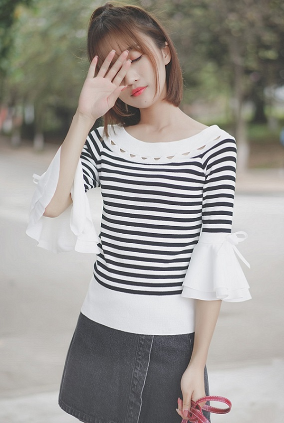 Striped Bell Sleeved T-Shirt