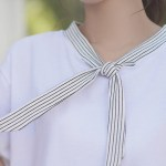 V-Neck T-Shirt With Vertical Stripes Tie
