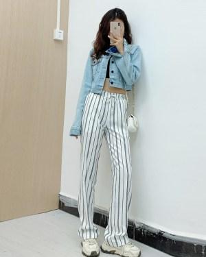 Jennie Blue Cropped Denim Jacket and Vertical Striped Wide Leg Pants (2)