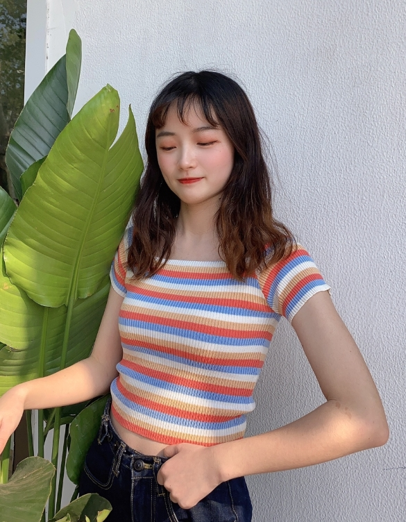 Multicolor Off-shoulder Fit Crop Top | Lisa- BlackPink