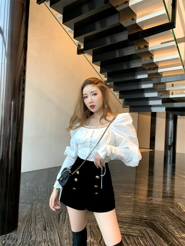 Black High Waisted Velvet Shorts | Chung Ha