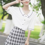Outlined Flat Collar Cute Shirt