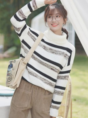 Bar Striped Black And White Turtleneck Sweater (7)