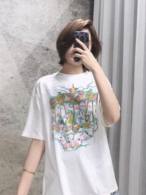 Hyuna Fairytale Carousel Print White T-Shirt (2)