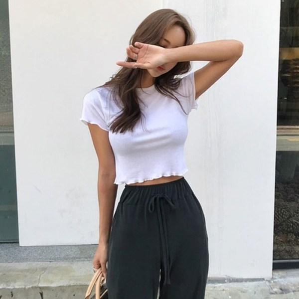 White Lettuce-Edge Cropped Top| Jennie – BlackPink