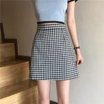 Black and White Plaid Skirt | Moonbyul – Mamamoo