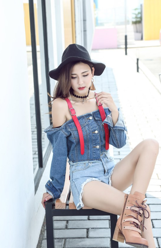 Off-Shoulder Denim Style Crop Top | Rose – BlackPink