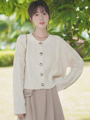 Golden Buttoned Retro Twist Knit Cardigan (4)