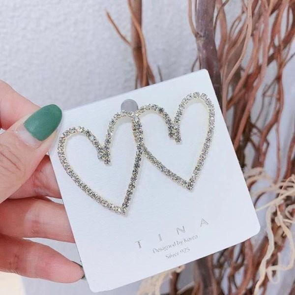 Heart-Shaped Earrings | Irene – Red Velvet
