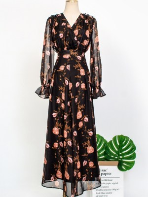 IU – Hotel Del Luna Floral Printed Long Skirt (7)