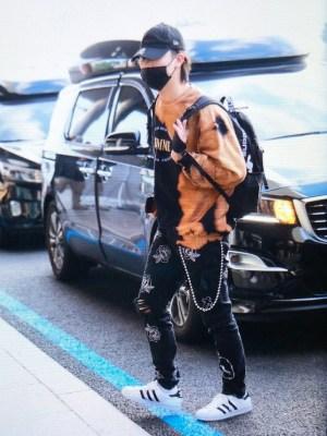 """Homme"" Bleached Sweatshirt  | JB – GOT7"