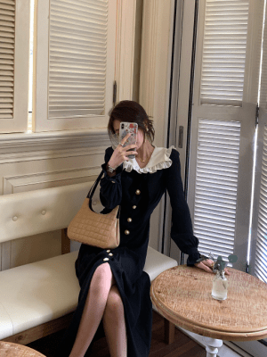 Jennie – BlackPink Black Vintage Dress (9)