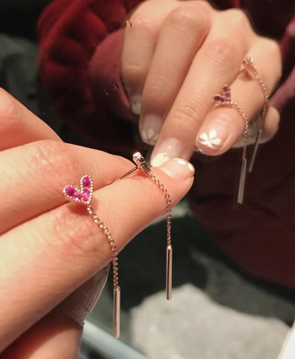 Cute Pink Heart Earrings  | Cha Soo-Hyun – Encounter
