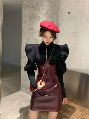 IU – Hotel Del Luna Dark Red Leather Skirt (5)