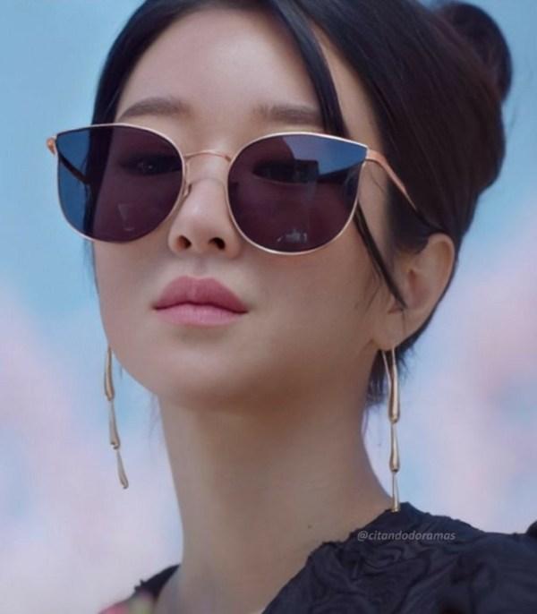 Water Droplet Earrings | Ko Moon‑Young – It's Okay Not To Be Okay