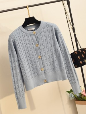 Lim Joo Kyung – True Beauty Blue Twist Knitted Cardigan (2)