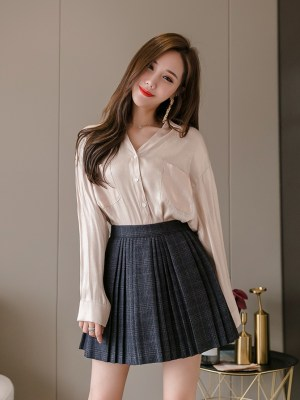 Lisa -BlackPink Grey Pleated Plaid Skirt (15)