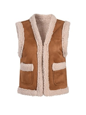 Lisa -BlackPink Lamb Wool Vest (6)