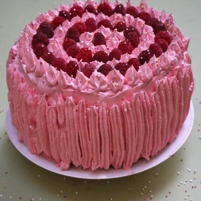 Petite leçon de Sky High Cakes & Sky High Cake thé vert-framboise