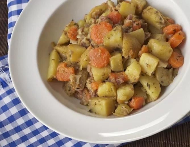 potee-pommes-de-terre-carottes-lard
