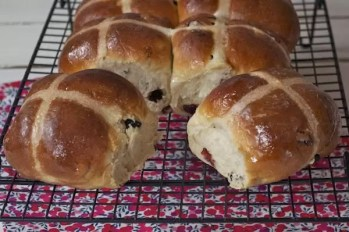 hot-cross-buns-pains-anglais-paques