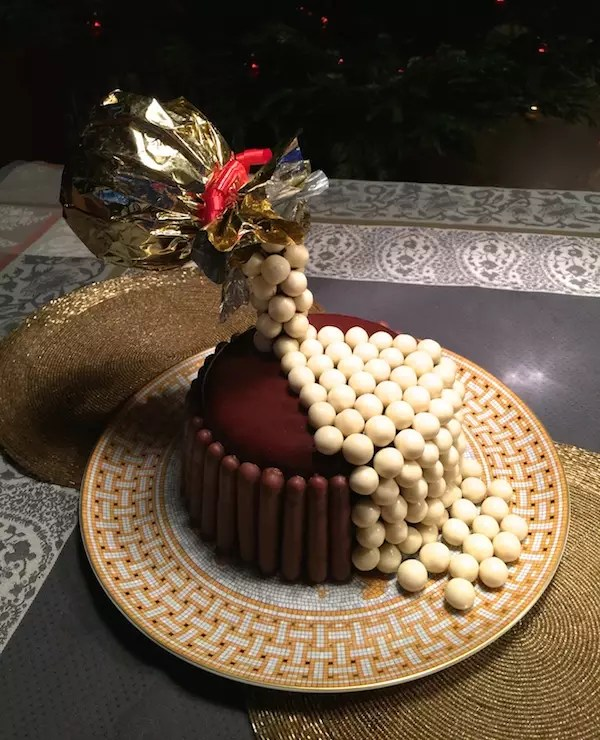 gravity cake birthday En apesanteur Déco Gravity cake