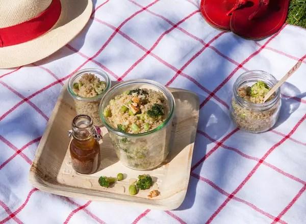 salade-quinoa-feves-brocolis-amandes-noix