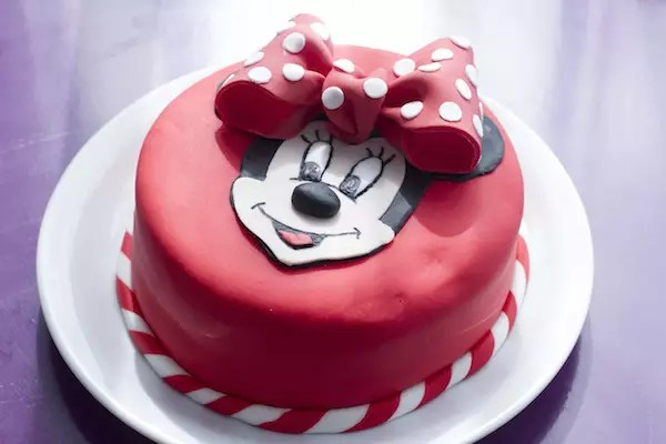 gateau-minnie-pate-a-sucre