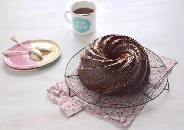 bundt-cake-glacage-tendre-chocolat