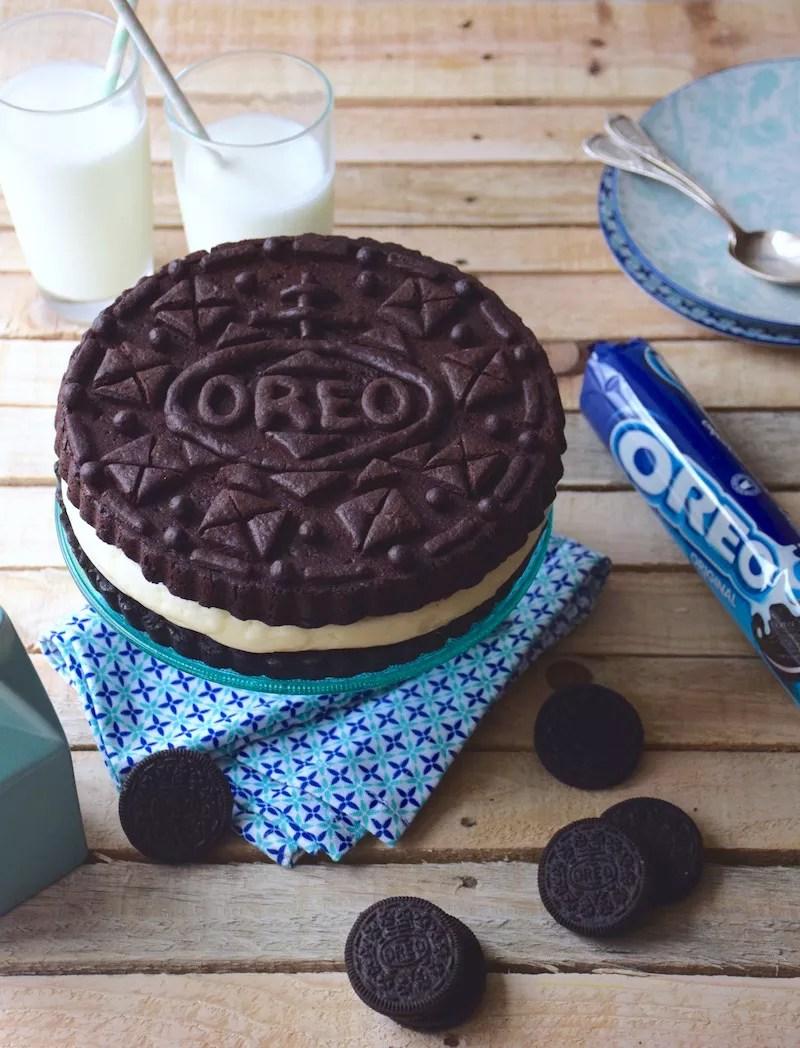 Gâteau Oreo géant