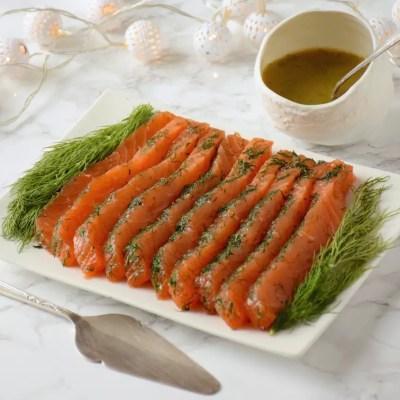 Parfait saumon Gravlax (saumon frais mariné à l'aneth)