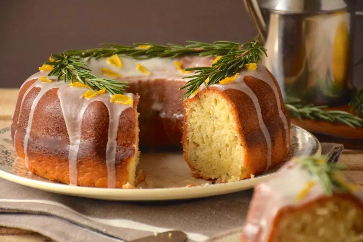 Gâteau citron, huile d'olive, romarin