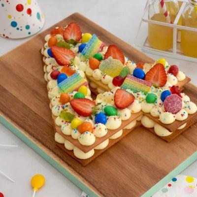 Number cake enfant vanille-fraise