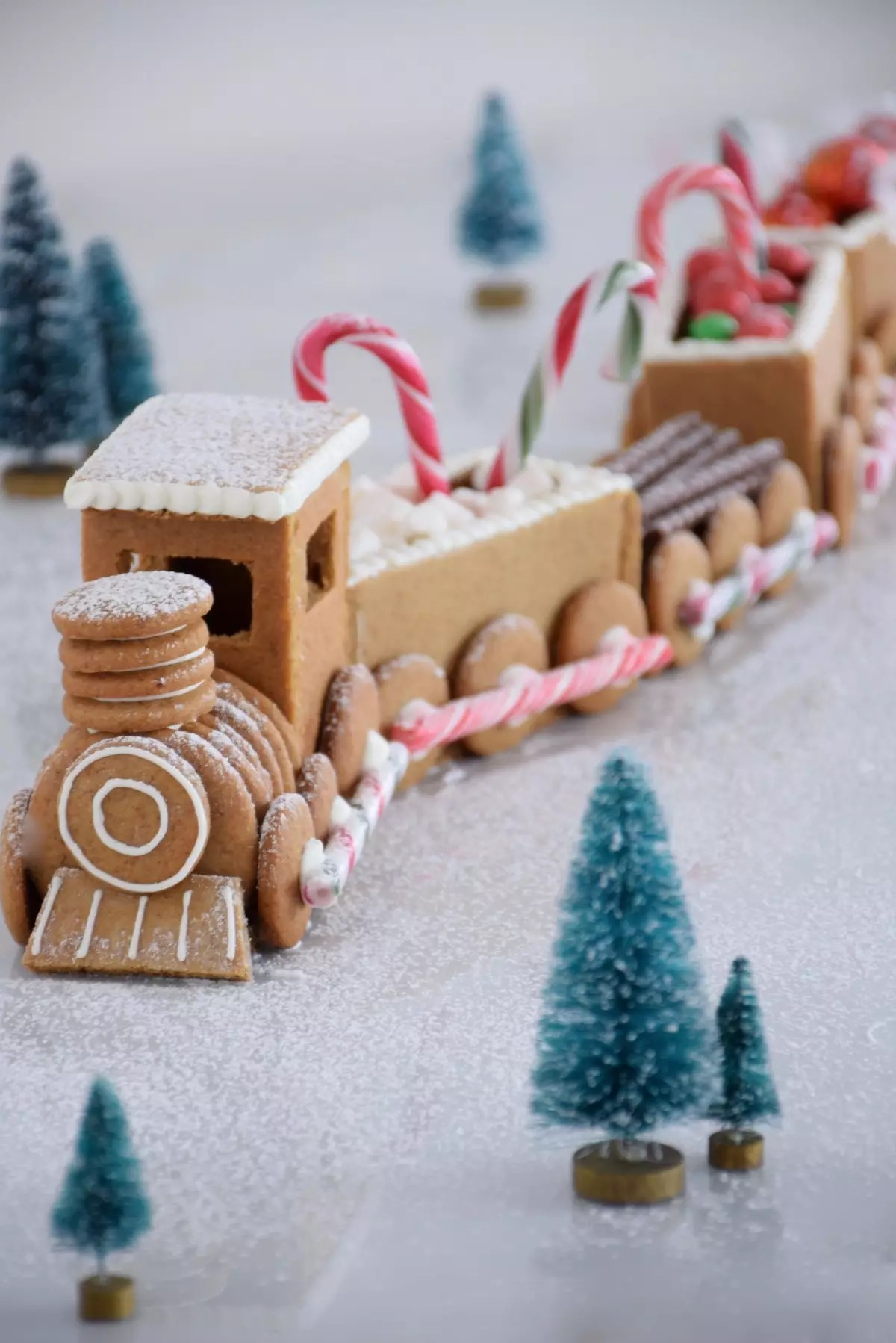 Train en pain d'épices - Gingerbread train