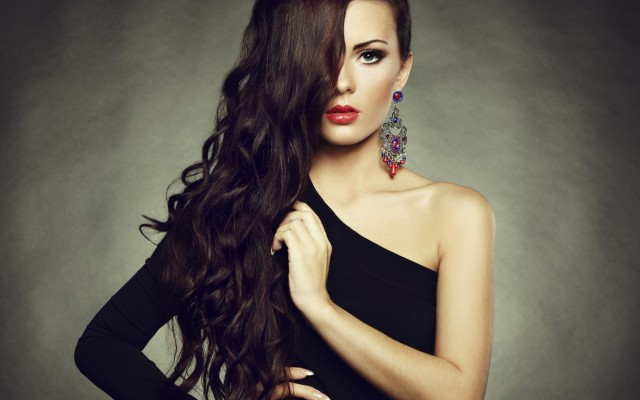 Amazing Black Dress Makeup Ideas