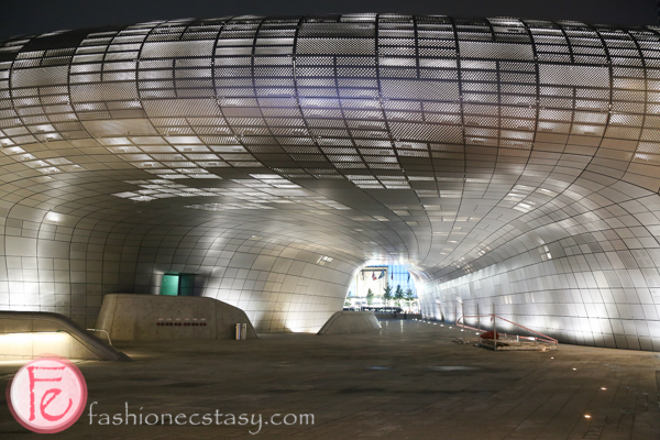 Dongdaemun Design Plaza DDP in Seoul
