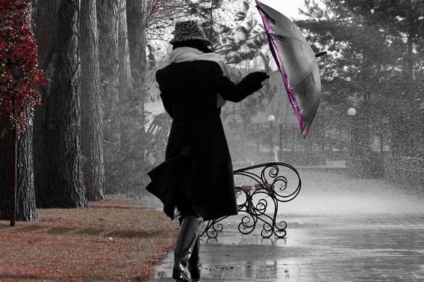 https://i1.wp.com/www.fashionfresta.com/wp-content/uploads/2015/10/rainy-days-600x400.jpg