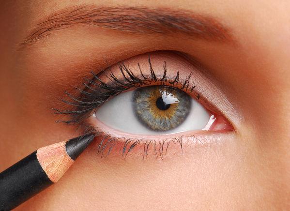 3-simple-soft-eye-linner