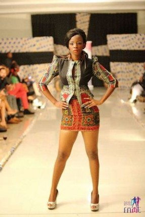 Model-Esther-Ravat-showcasing-Lilly-Alfonso's-wear-at-FAME-2013.