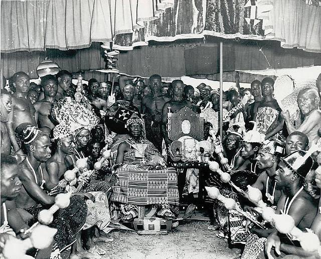 19th 20th century pictures of kings in ghana (4)